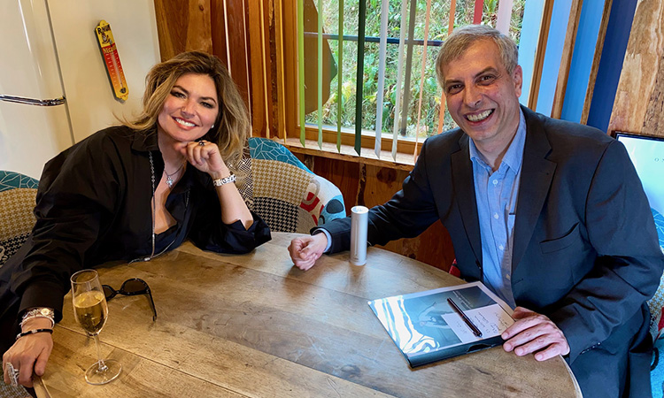 https://www.moneytoday.ch/fileadmin/documents/moneytoday.ch/Bilder/01_News_2020/Shania_Twain_Chalet_Header.jpg